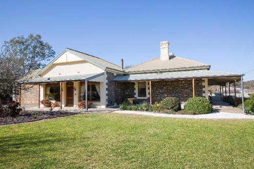 SINKINSON HOUSE in Mount Torrens