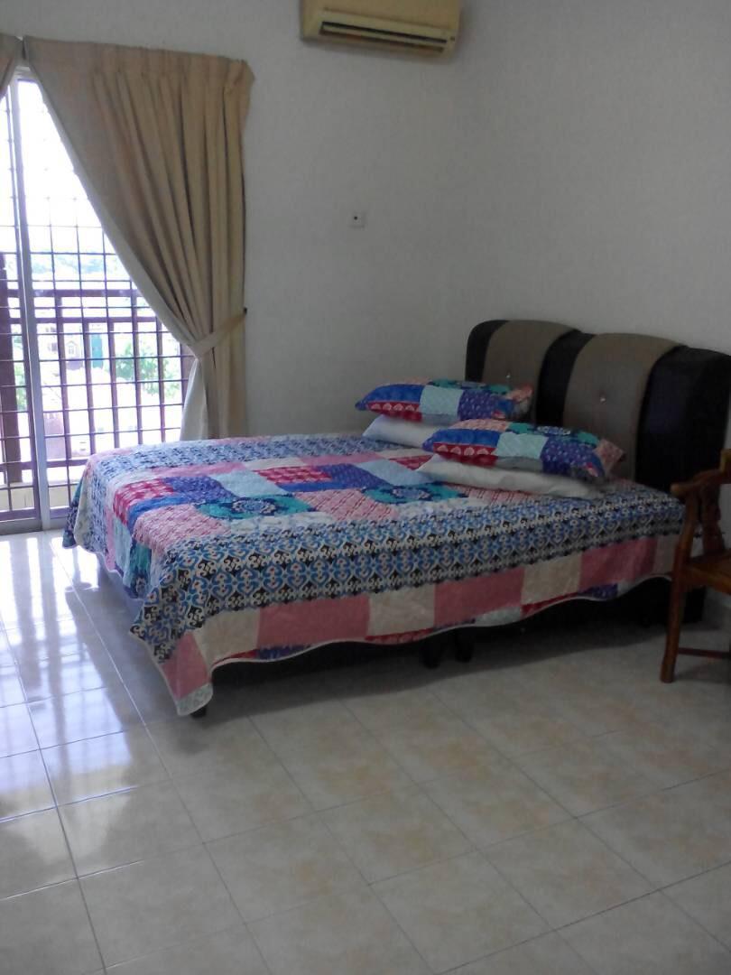 Studio Room Suria Bukit Merah Laketown