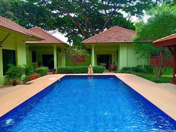 The Villa Vanali One Bedroom Pool Front (sleeps 2) Chiang Mai