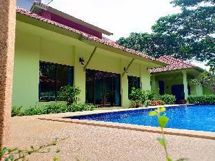 The Villa Vanali Exclusive Pool Front Villas
