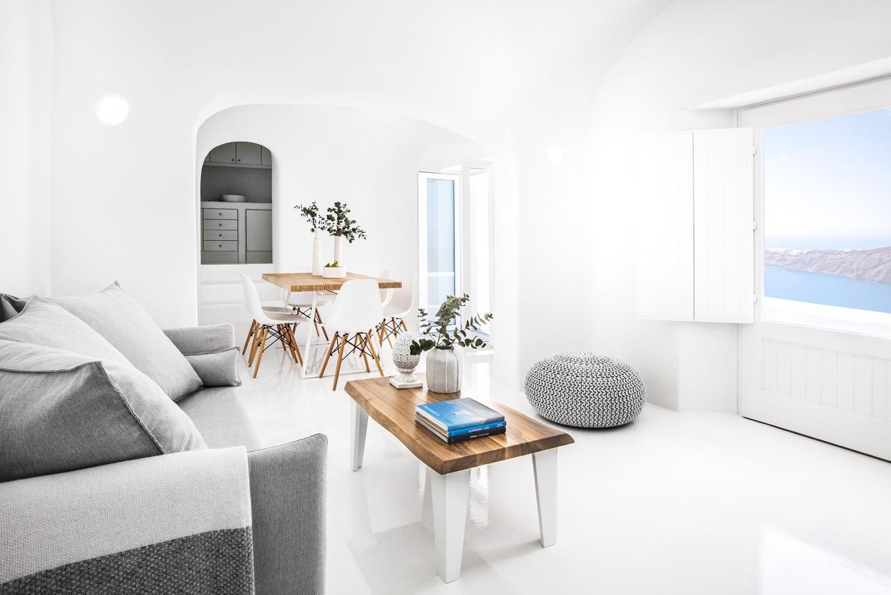 Erossea Villa   Suites With Caldera View  No Pool