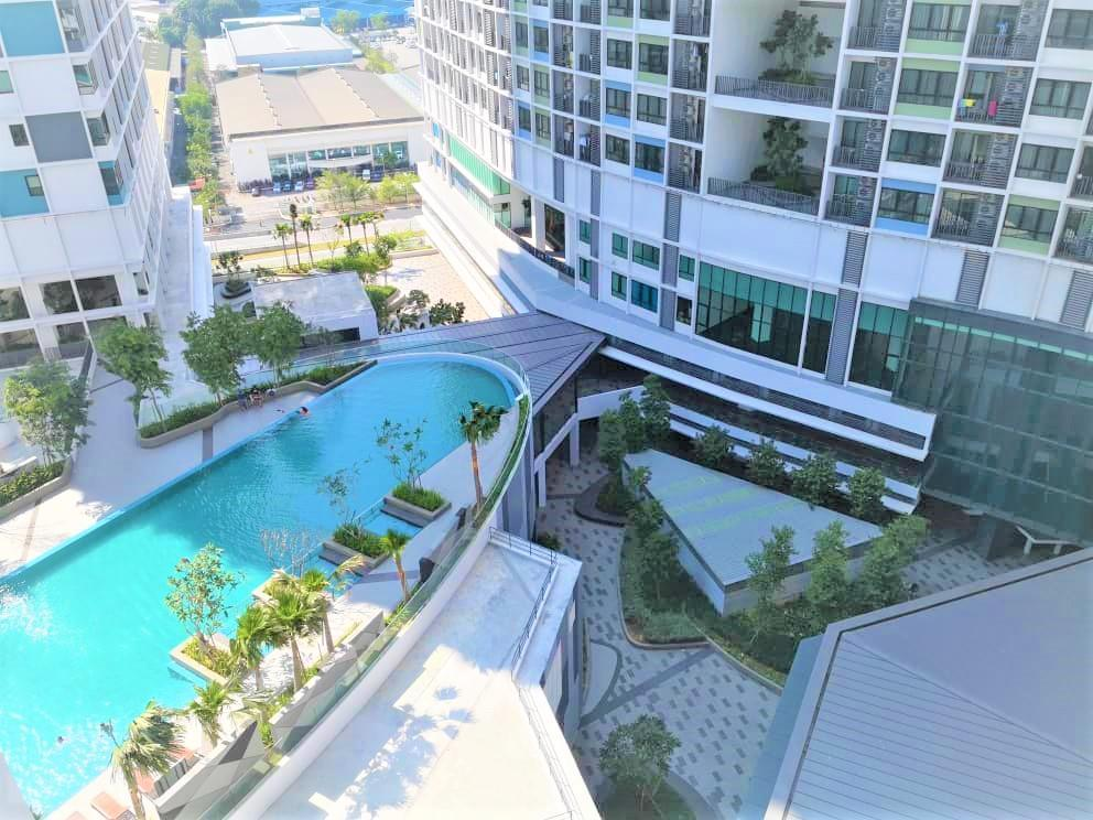 Comfort Zone Premium Guesthouse @ I City