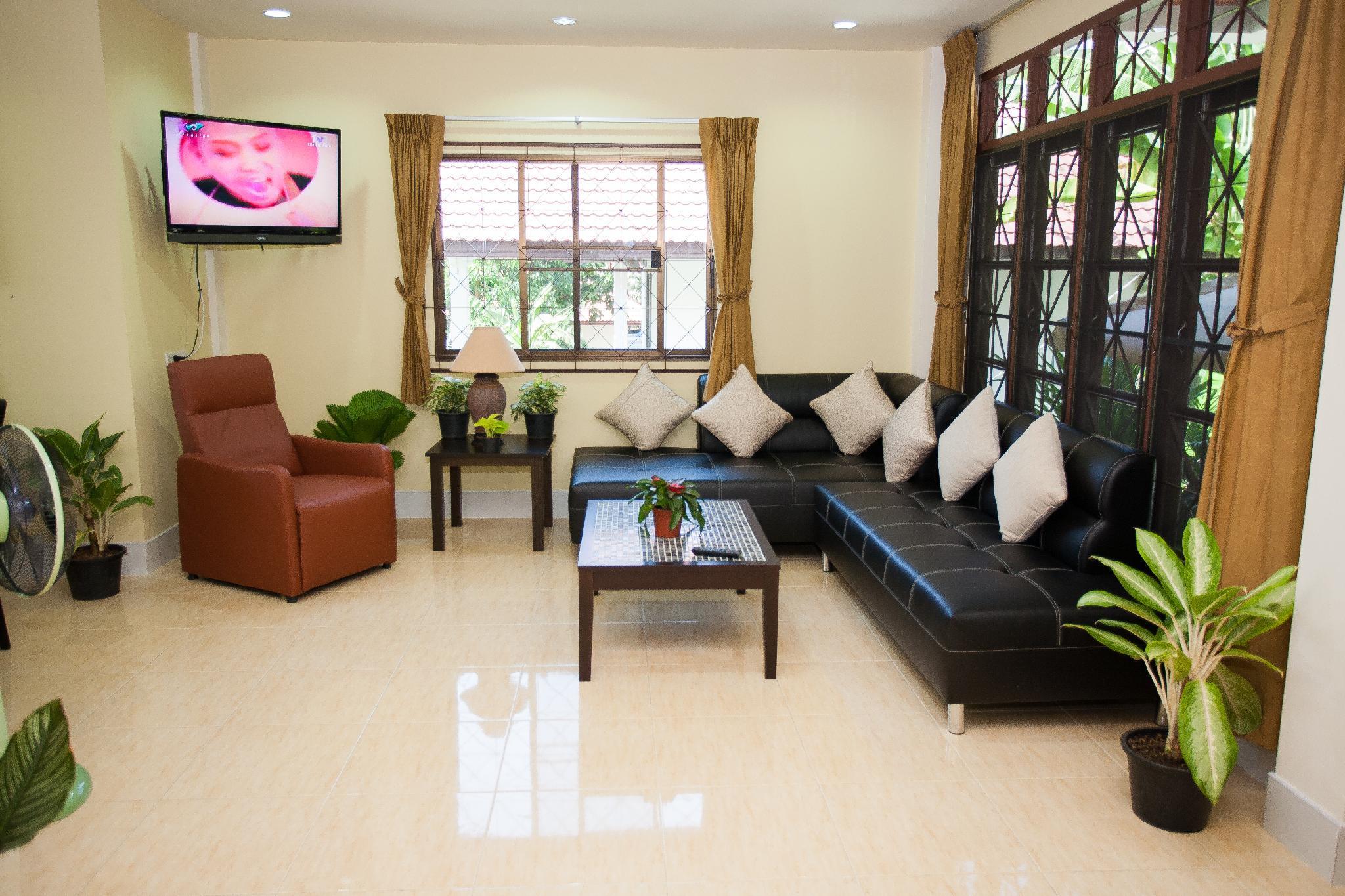 Veerakit House   Private Holiday Home   Sleeps 10