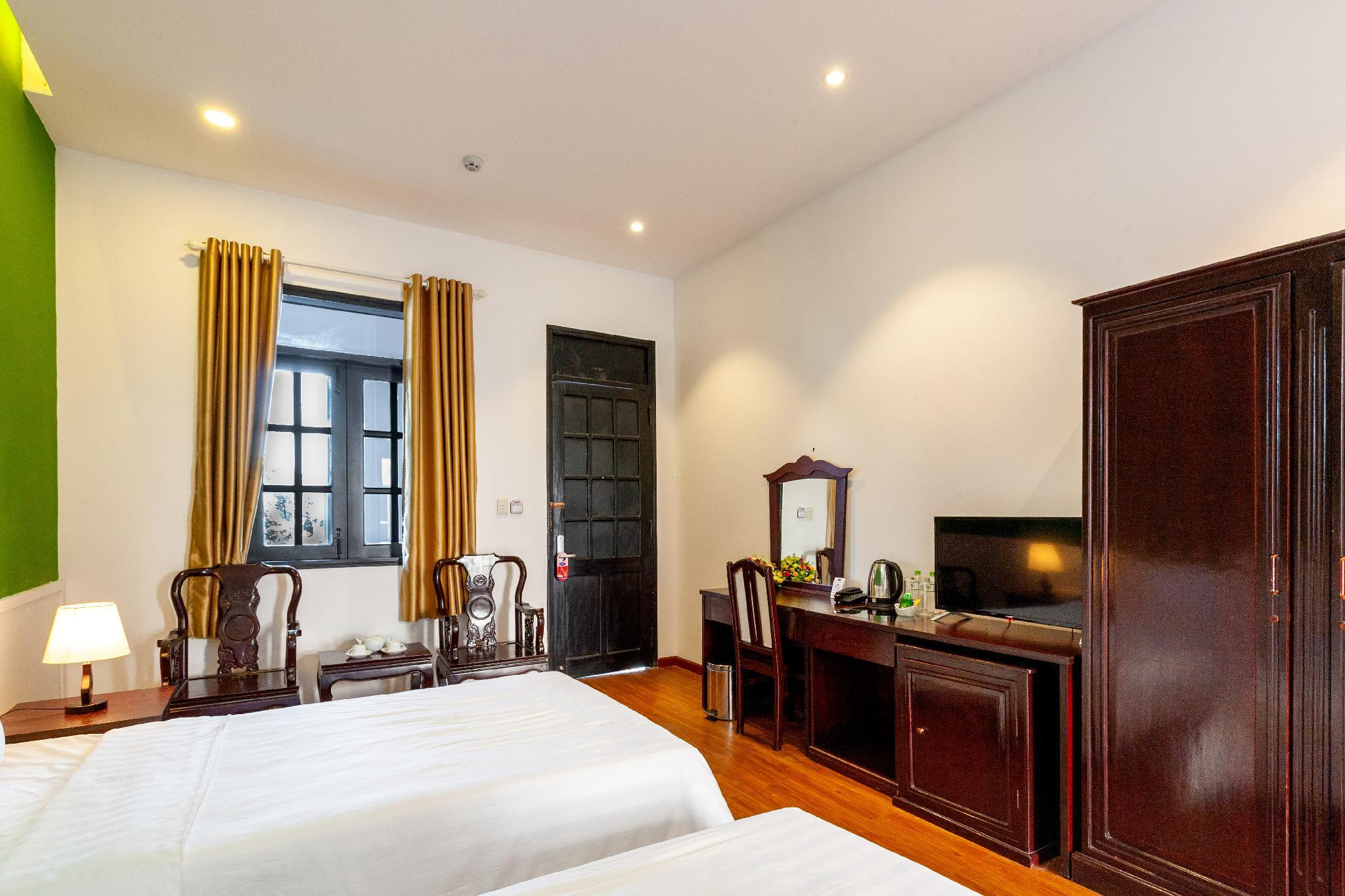 Indochina Style Twin Room With Fresh Air