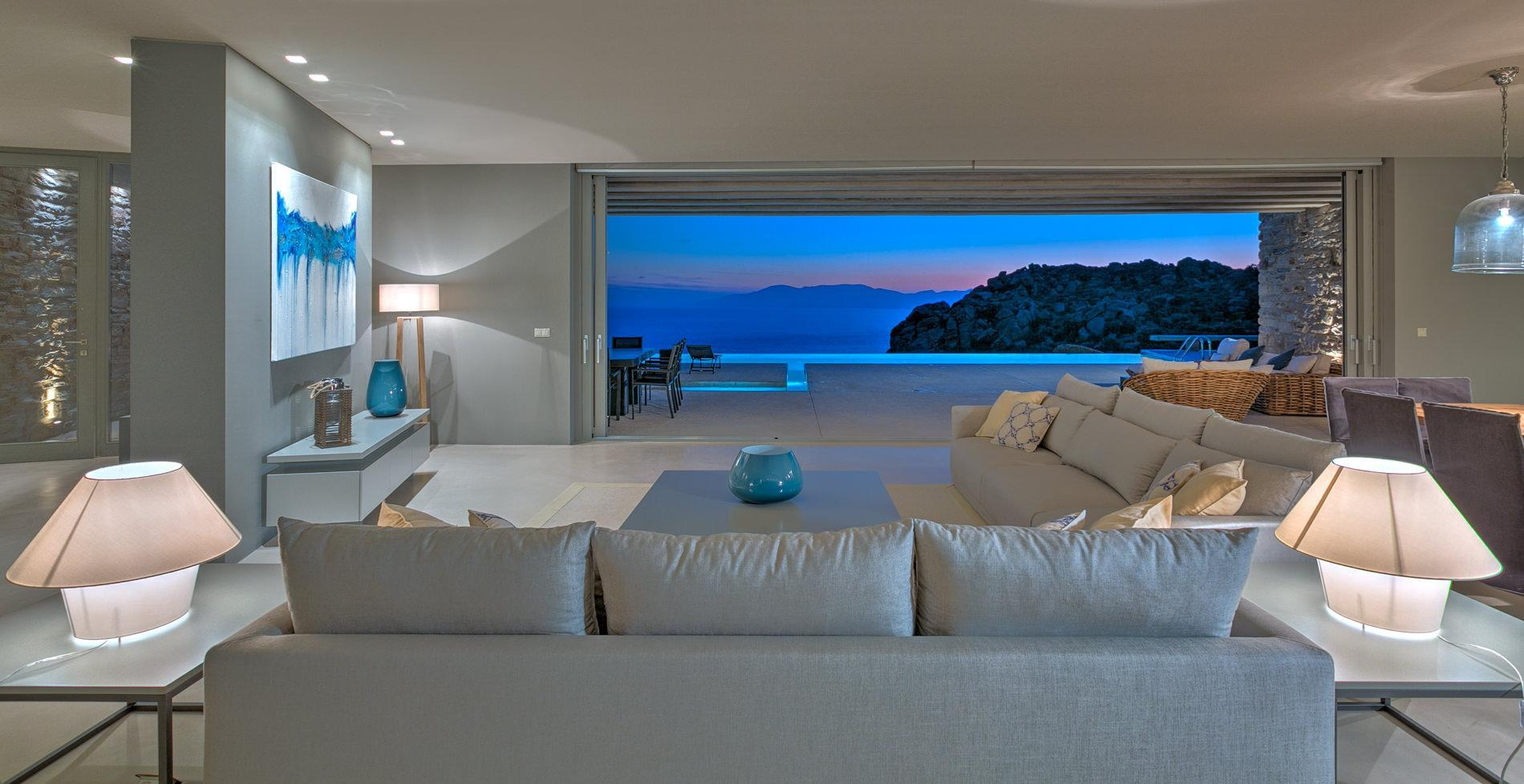 5 Bedrooms Villa Mylo IOS With Amazing Beach View