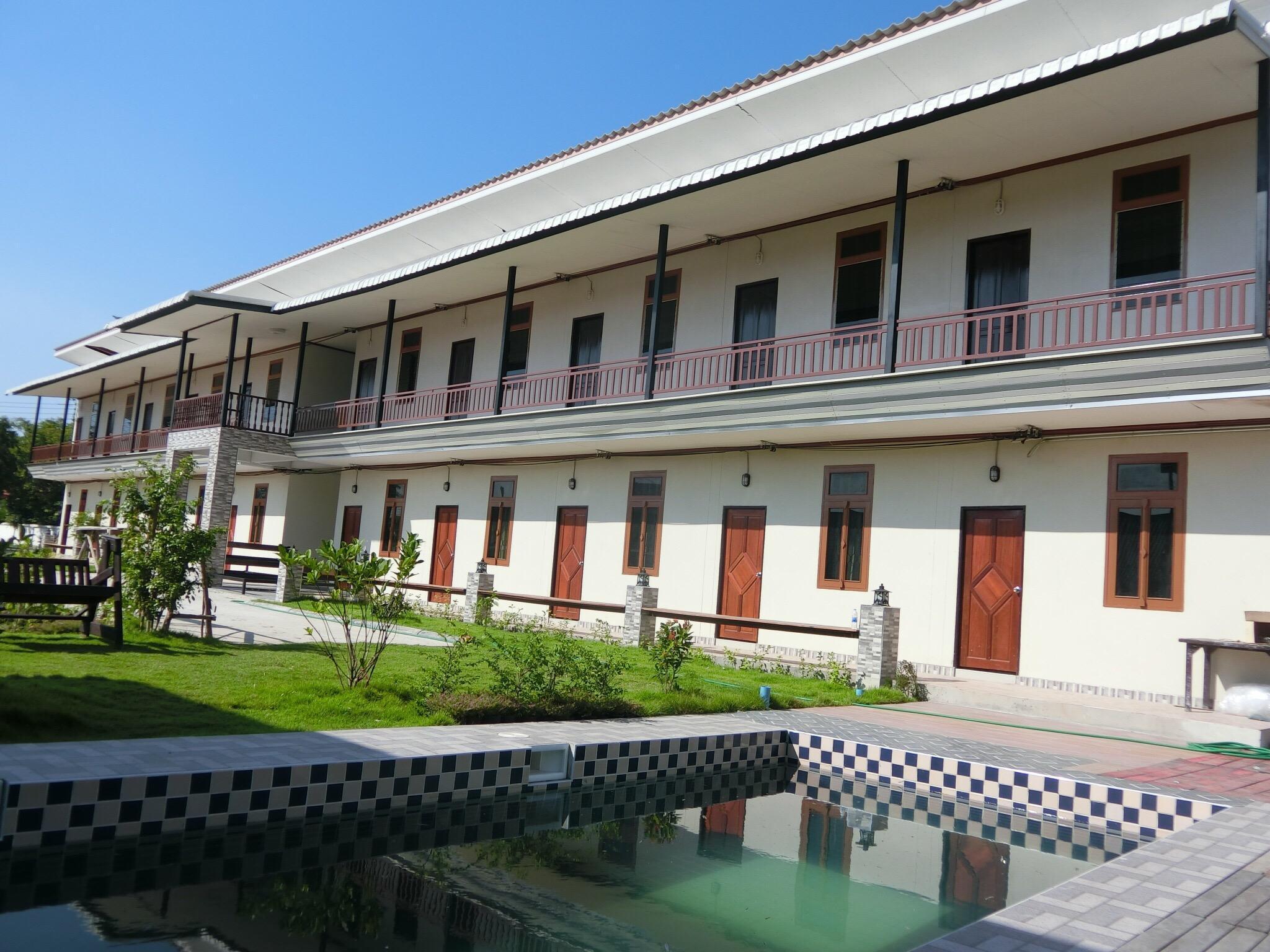 At Banmho Resorts