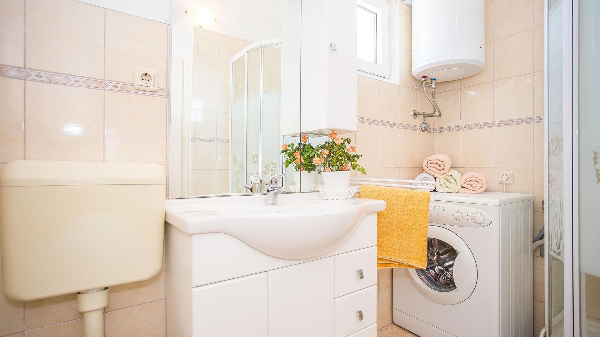 Spacious Apartment Ruzica III   EOS CROATIA