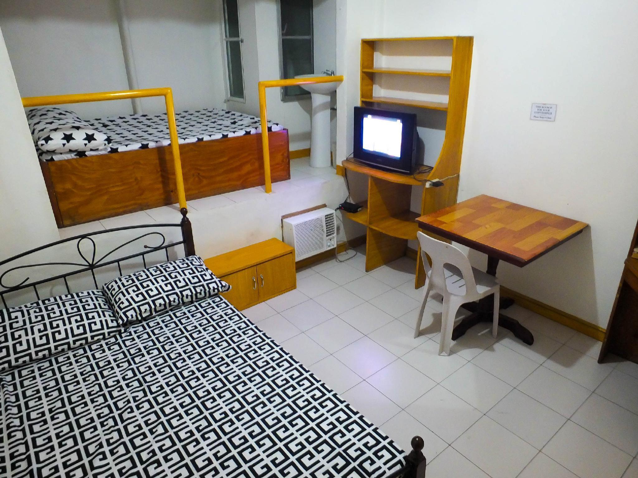 Room at San Andres Bukid Manila - Unit 2B