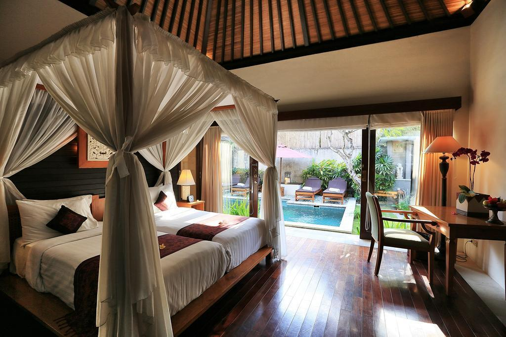 2BDR Royal Suite With Private Pool Seminyak