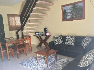 picture 1 of Unit J-5, 2BR House @Tagaytay Hampton Villa