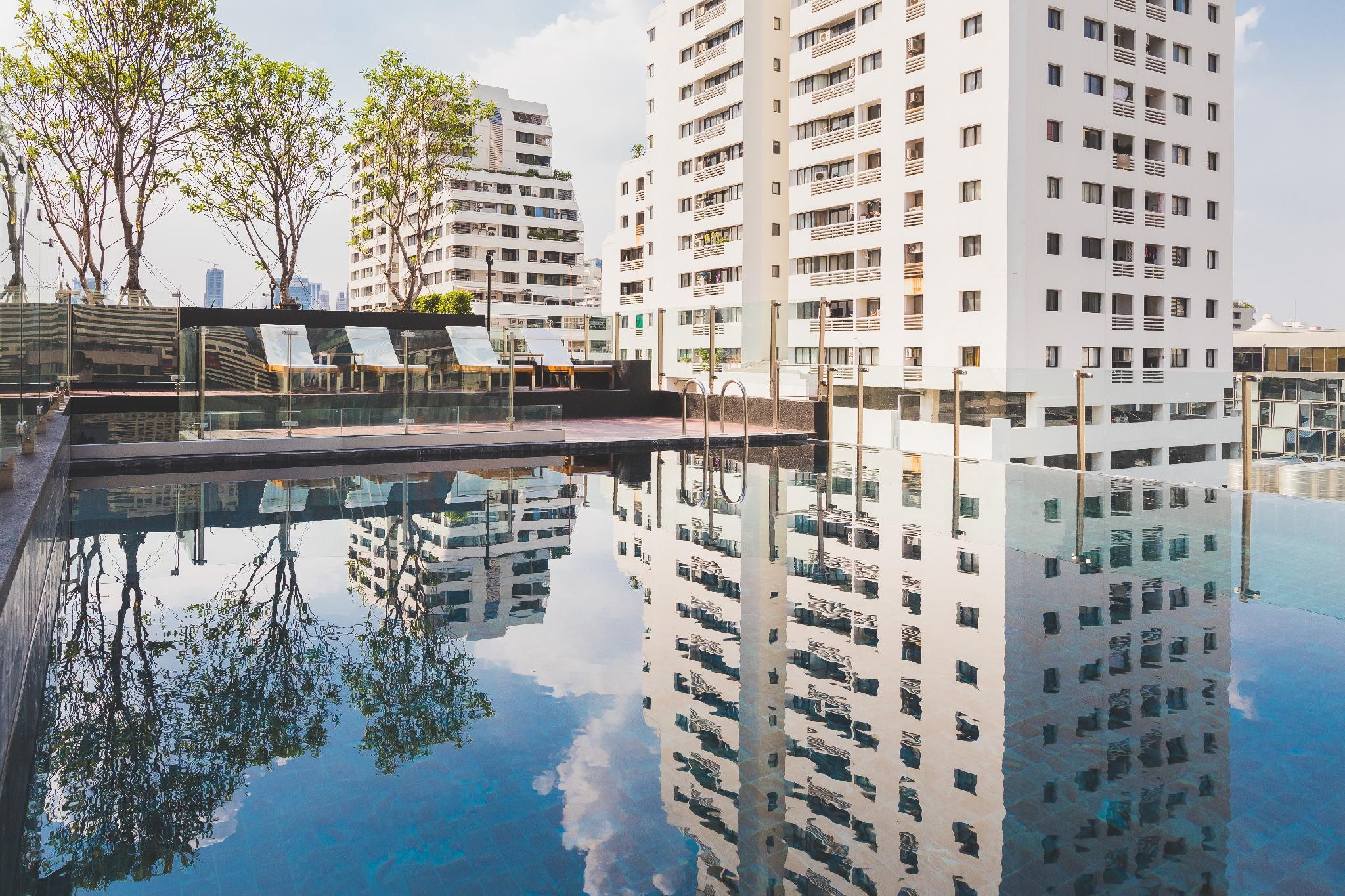Sukhumvit Asok Modern Suite 88 92