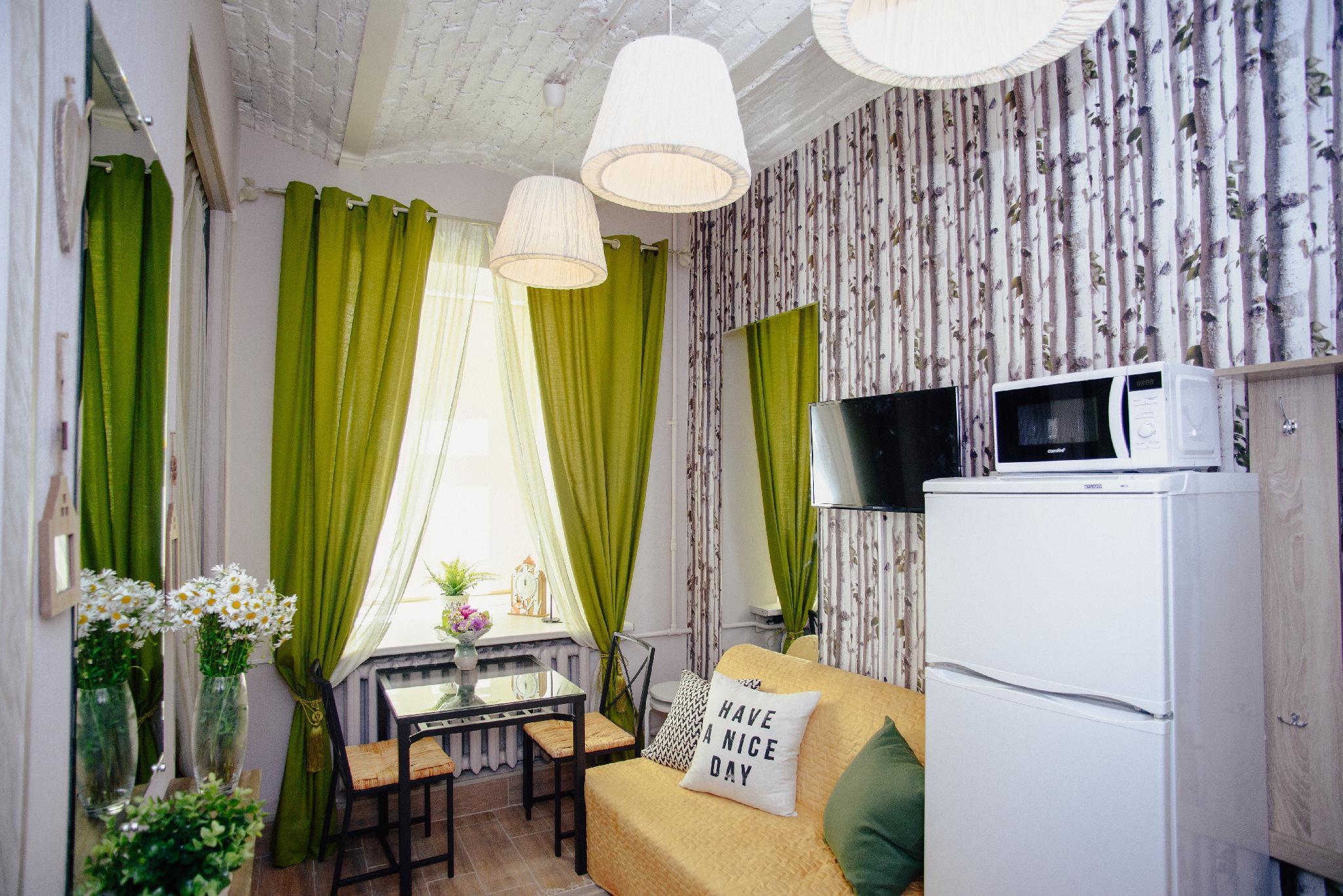 TWO STEPS Apartments On Pestelya  5