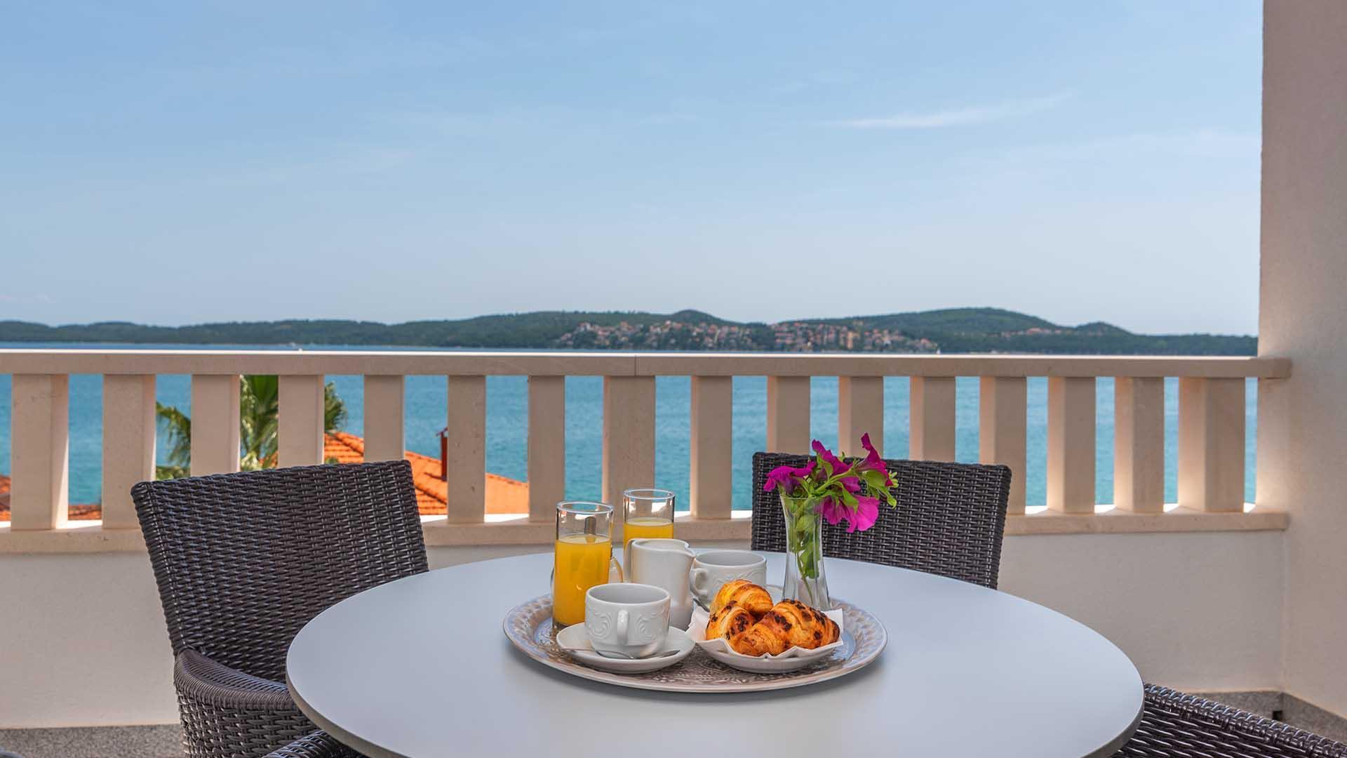 Luxurious Apartment Dalia II  401    EOS CROATIA
