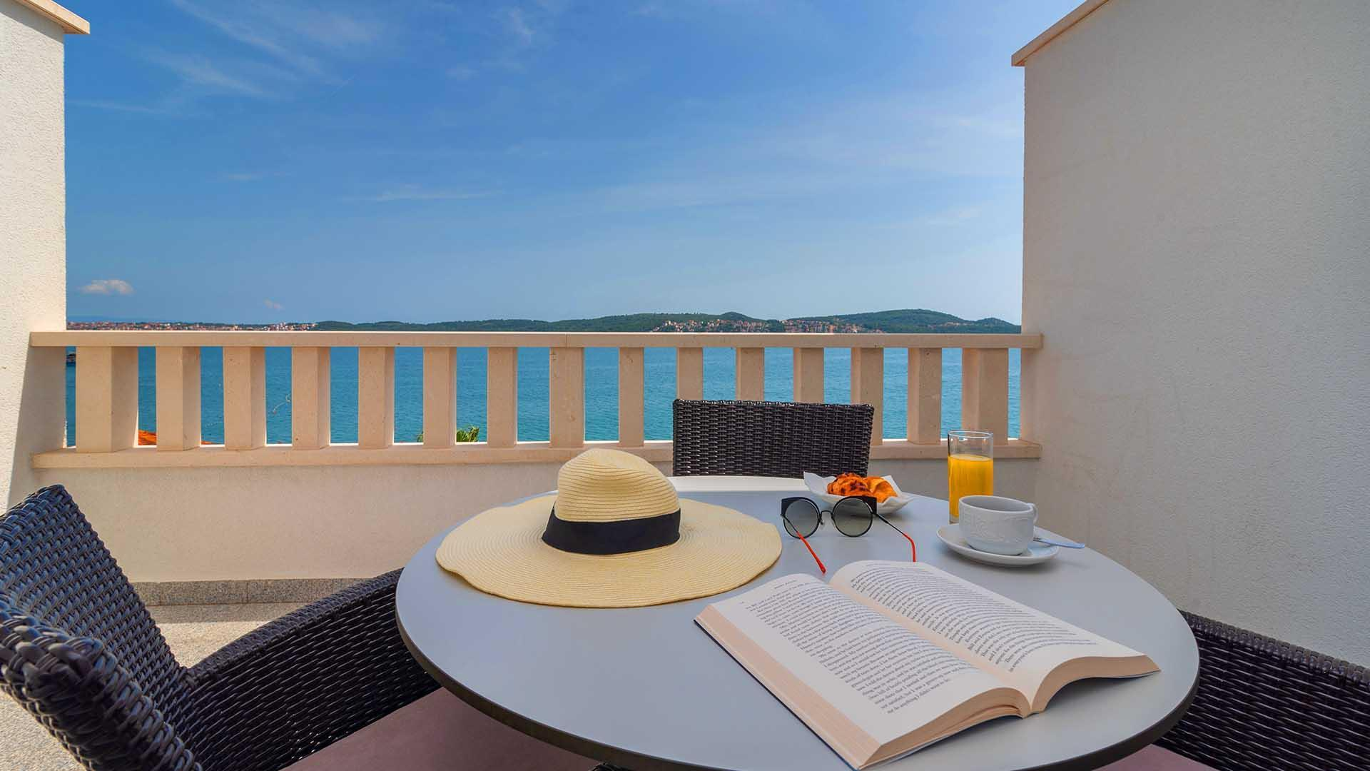 Luxurious Apartment Dalia II  402    EOS CROATIA