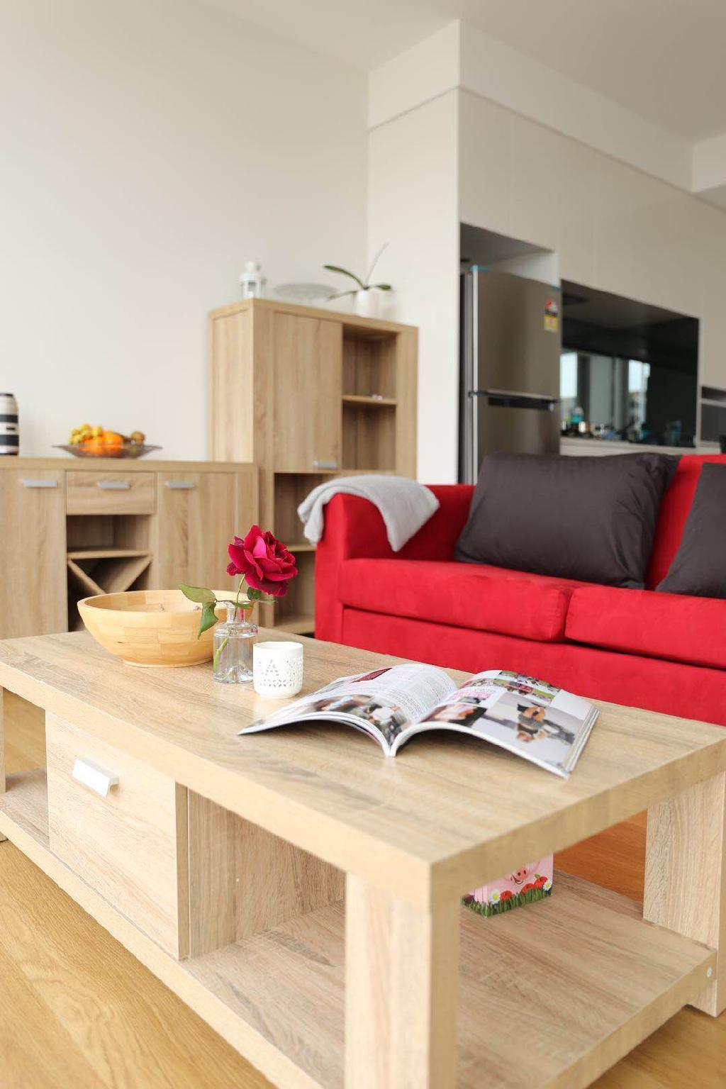 Stunning Apartment With Eastern Suburb View