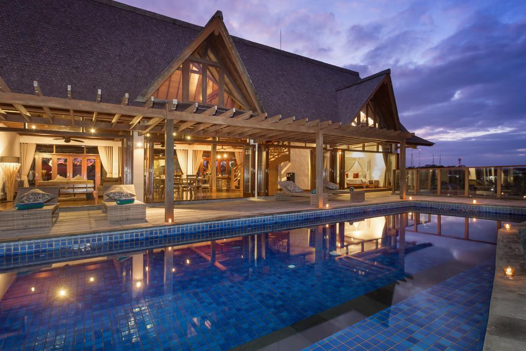 4 BDR Villa With Great Pool View In Nusa Dua Area