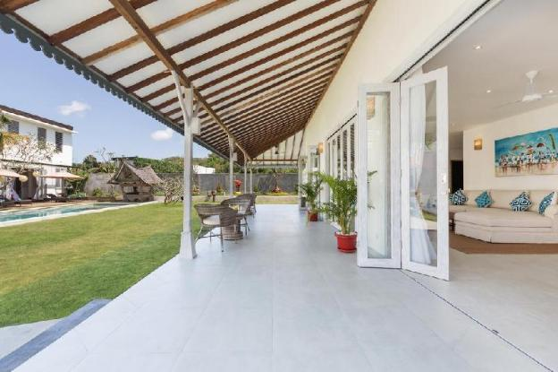 Luxury  4BDR Villa Close  to Jimbaran Beach Club