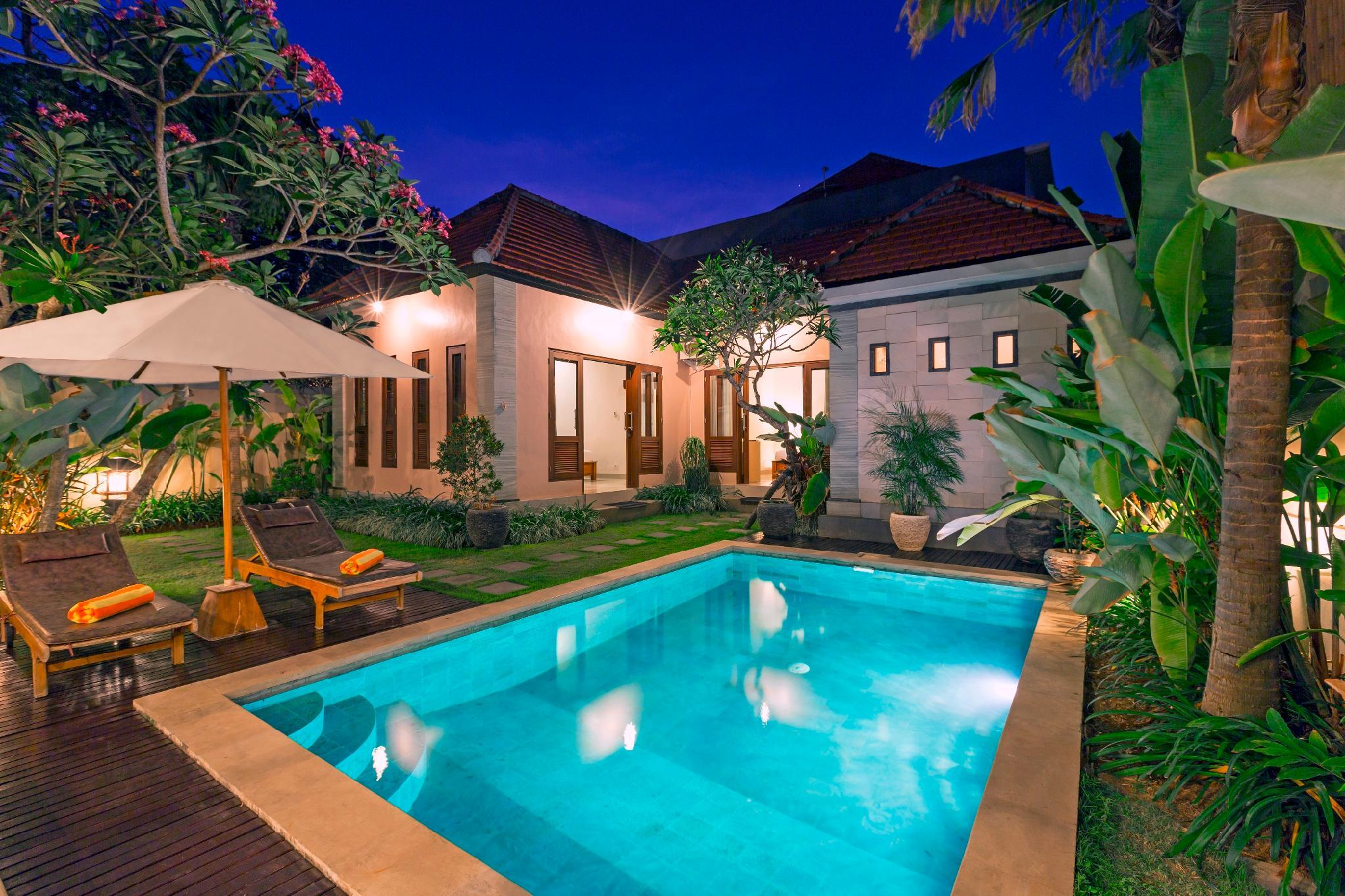 Three Minutes To Beach Two BR Pool Villa Kubal