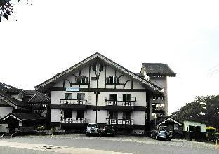 picture 3 of TRIPLE BEDROOM HOUSE NEAR TO MAJOR TOURIST SPOTS