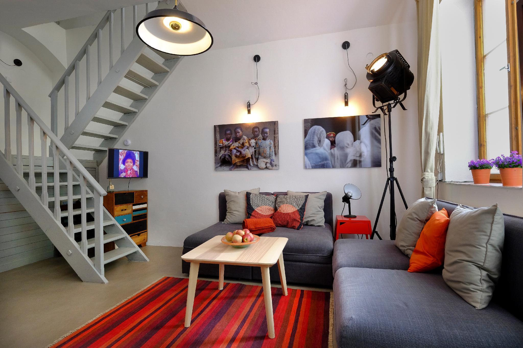 Split Level Apartment Near Charles Bridge