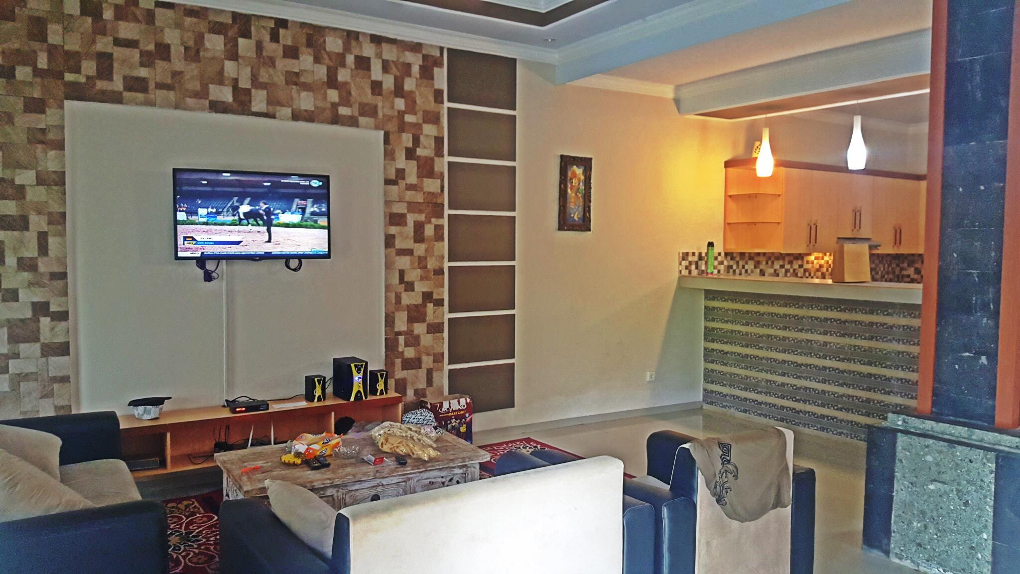 Dewisri 3BR+ Villa