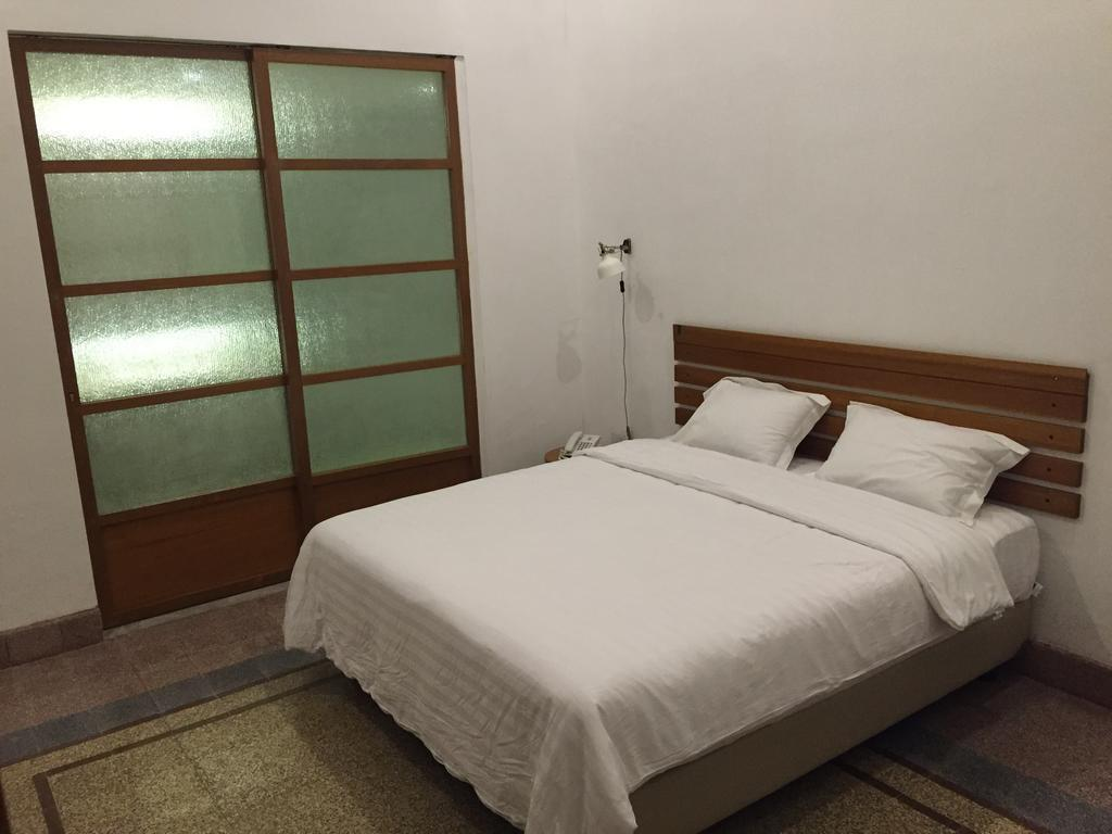 Superior Double Room At Jl. Merbabu