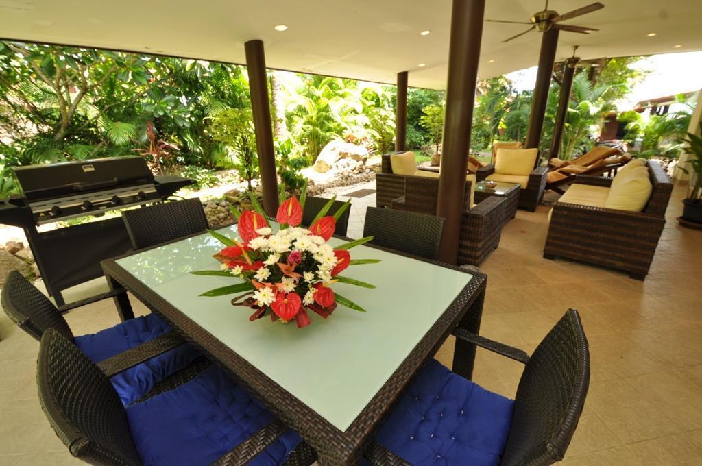 Villa Laguna POOL, only 20m from the beach. วิลลา 3 ห้องนอน 3 ห้องน้ำส่วนตัว ขนาด 280 ตร.ม. – บางปอ