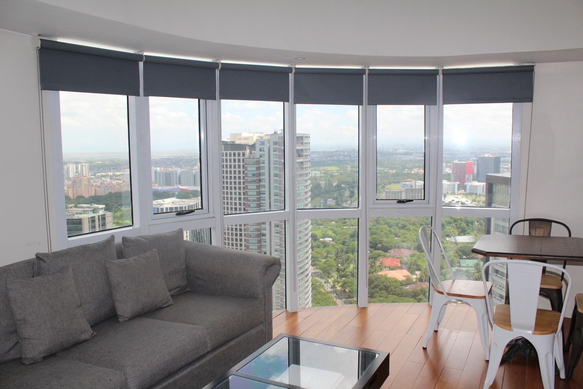 MODERN SPACIOUS LOFT TYPE  60SQM  Entire Place BGC