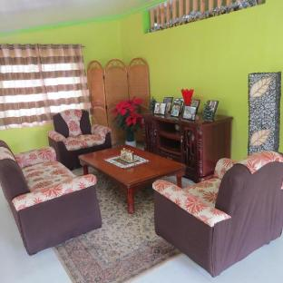 picture 1 of Asistin Transient House Triple Room