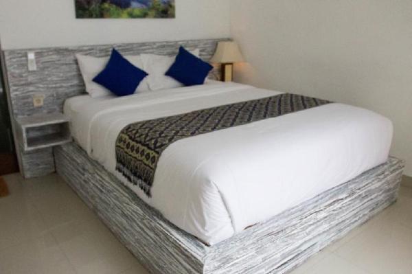 Bedroom with Swimming Pool at Nusa Lembongan Bali
