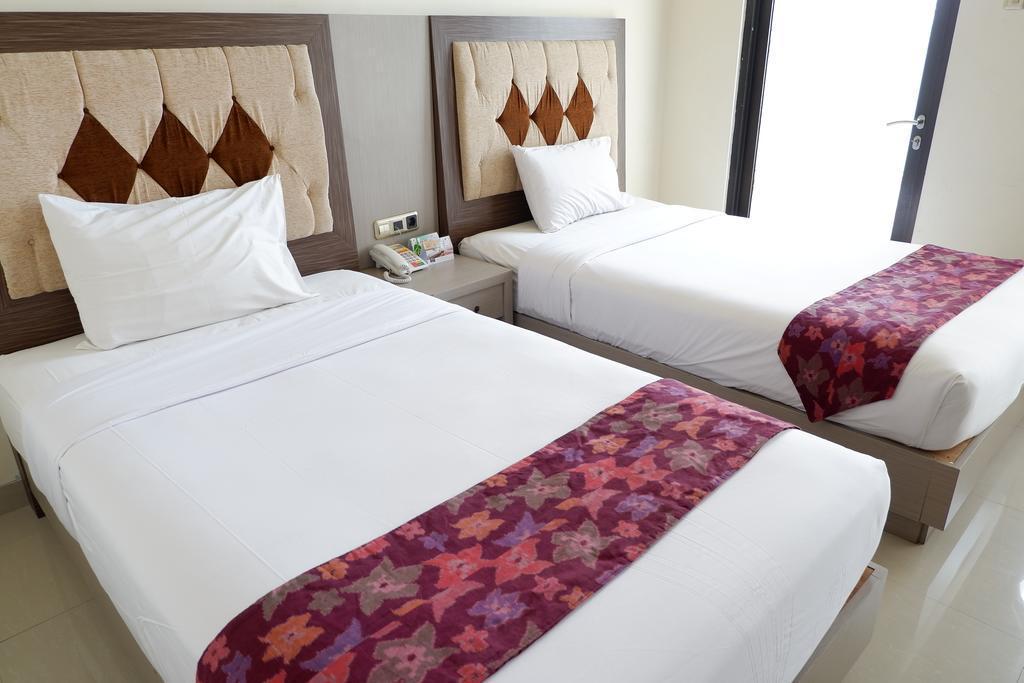 Deluxe Twin Room At Zam Zam Batu Malang