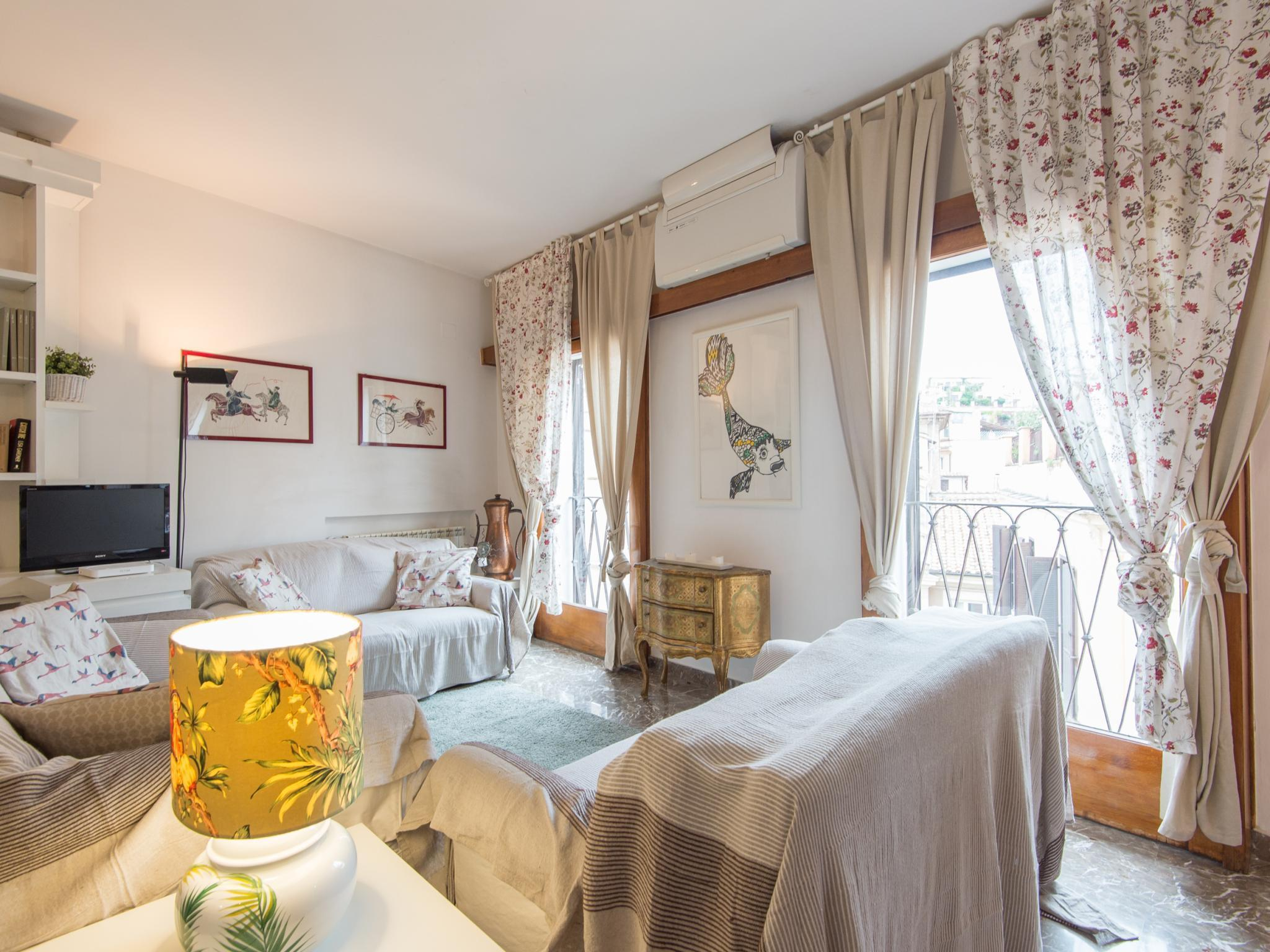 Apartment by the Spanish Steps