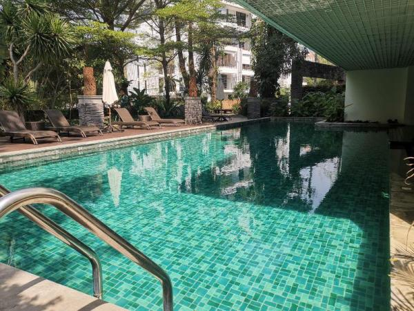 120SQM 2 Suite condo and Excellent Location Chiang Mai