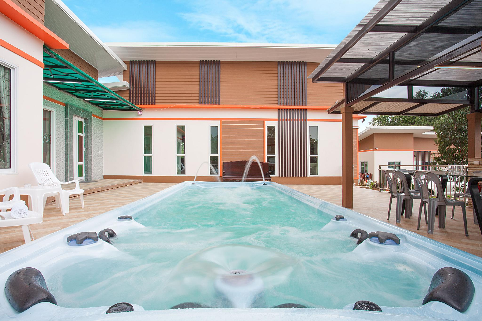 Melodious Villa  9 Bed Spacious House With Jacuzzi