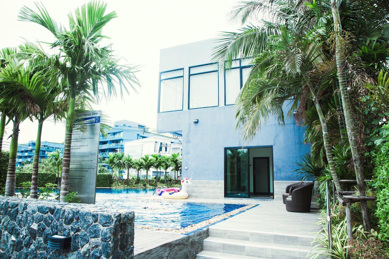 Taimei Impression Pattaya Luxury Sea View Room