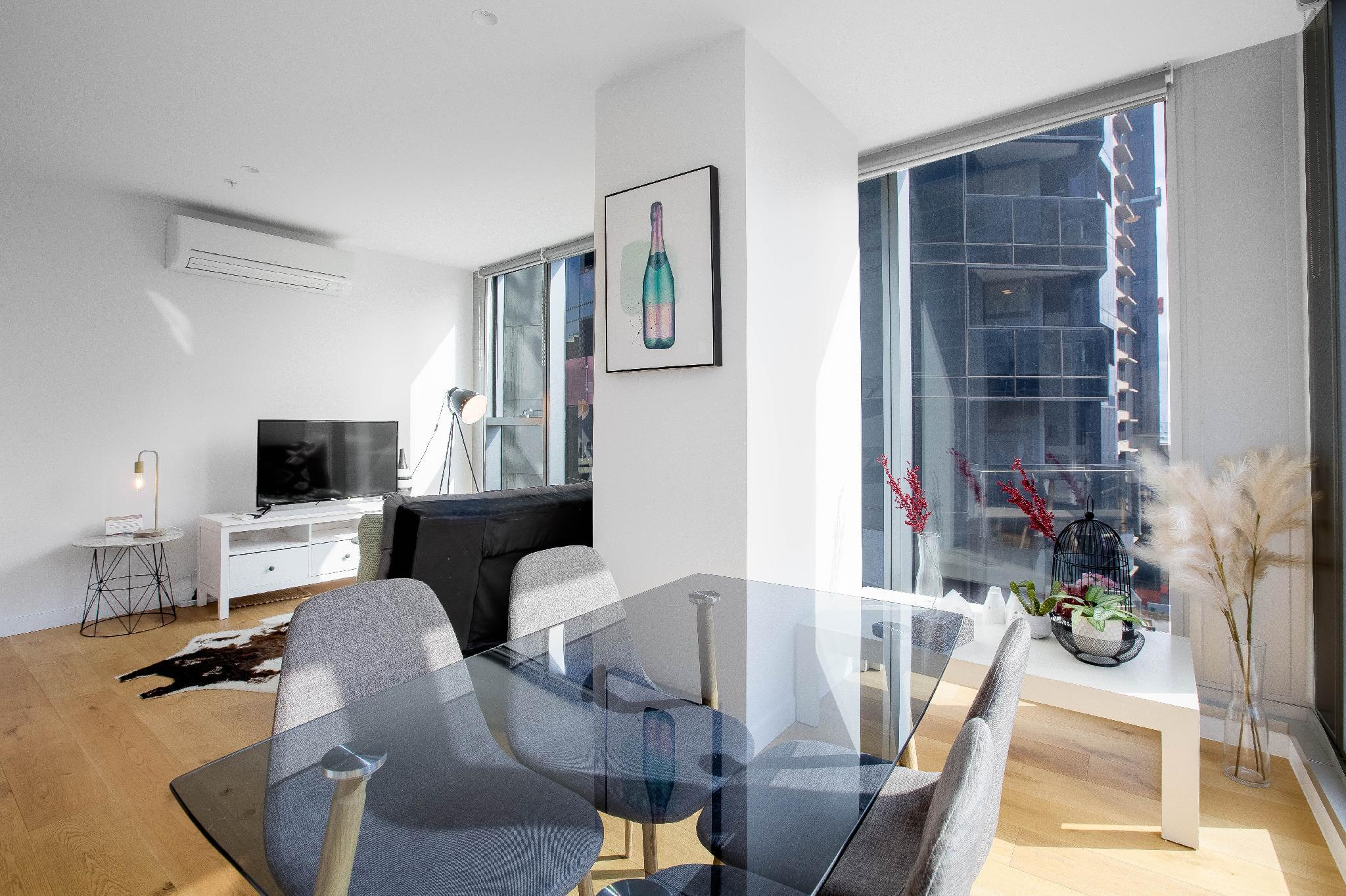 Spacious Apt Close To Southern Cross StationTF1401