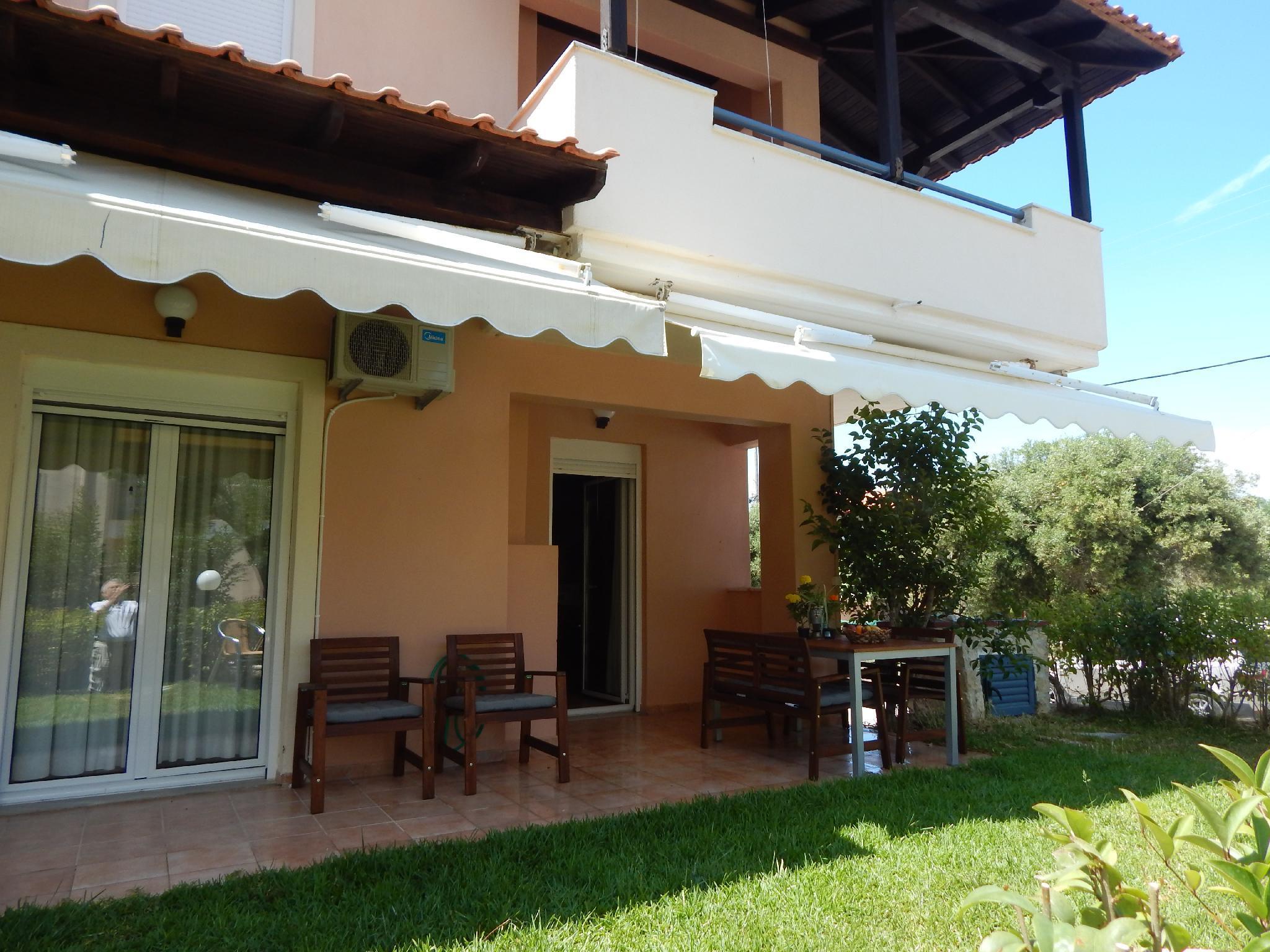 Kripis Villa Pefkohori With Private Parking