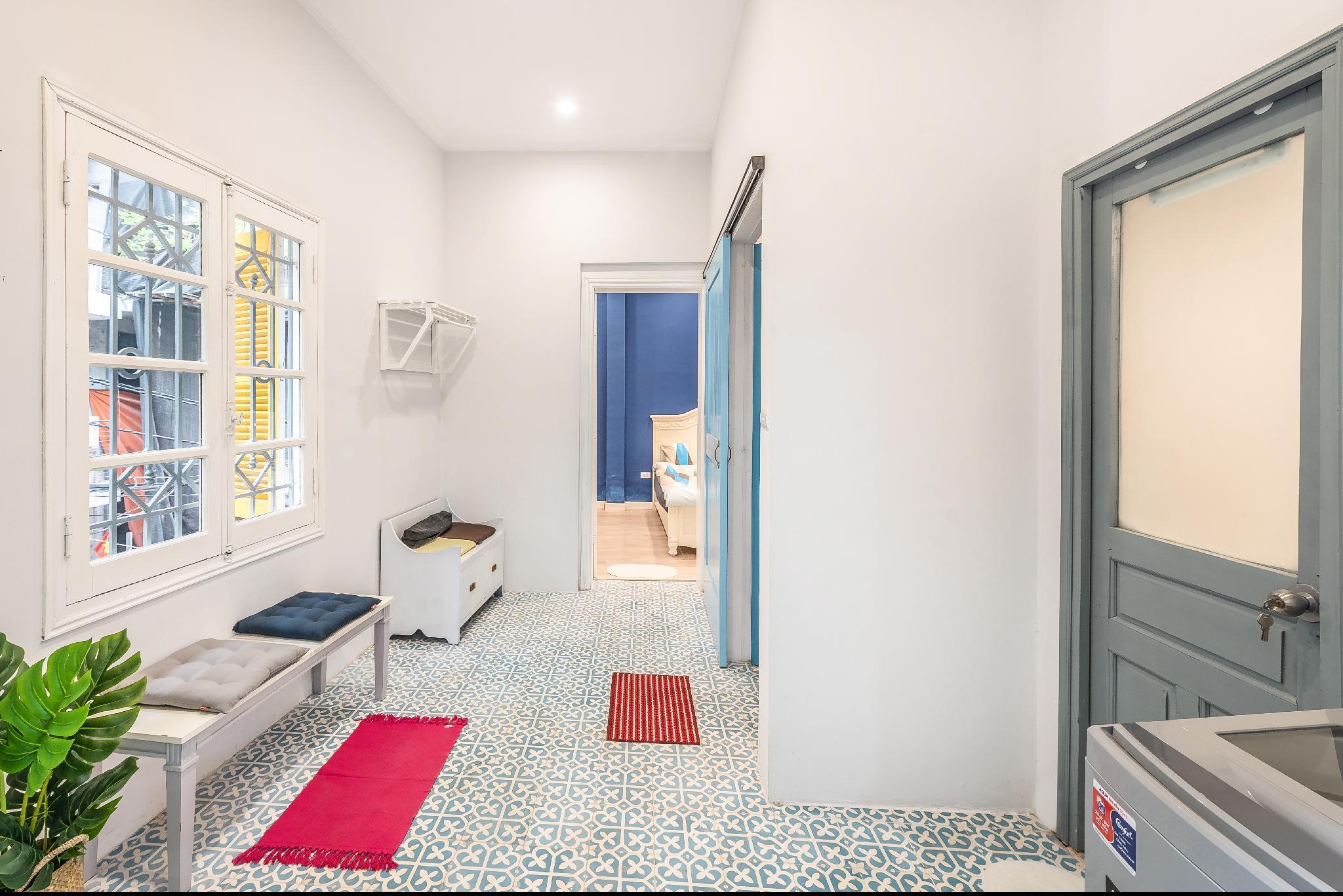 Woodtree Apartment  1