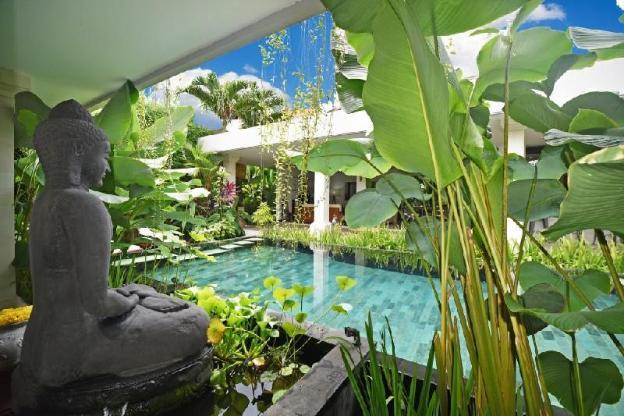4 Bedroom Pool Private Villa  3mn to Petitenget