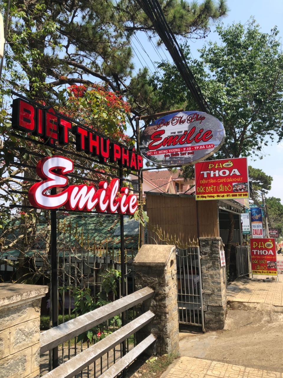 Biet Thu Phap Emilie Room 202