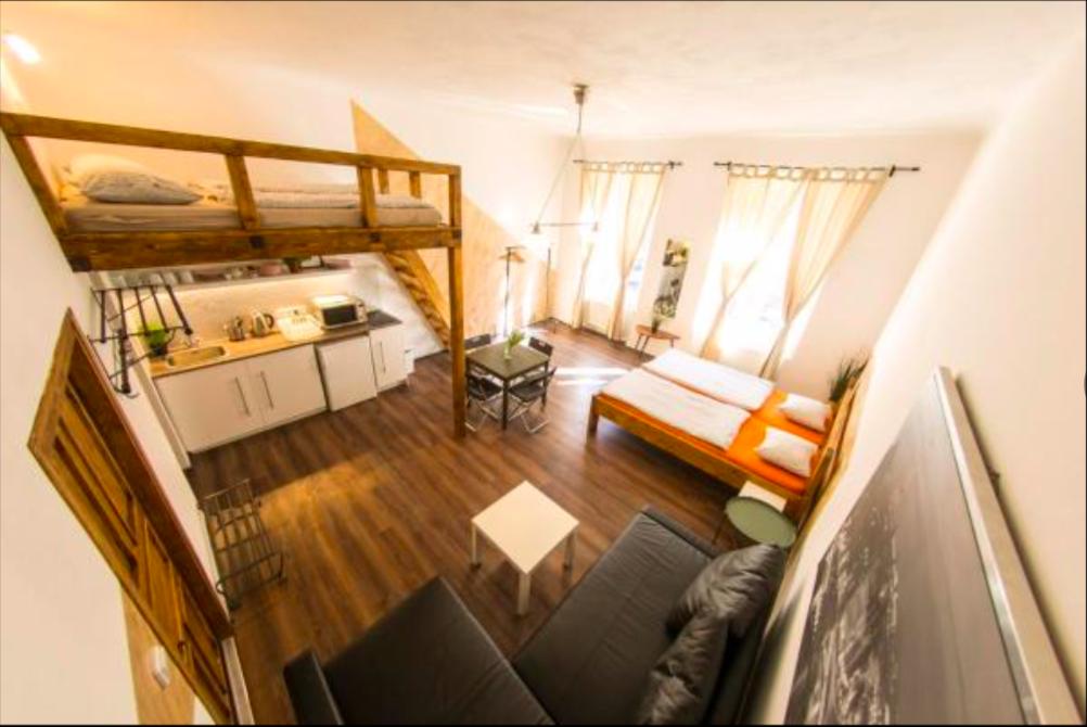 Private Apartment   4
