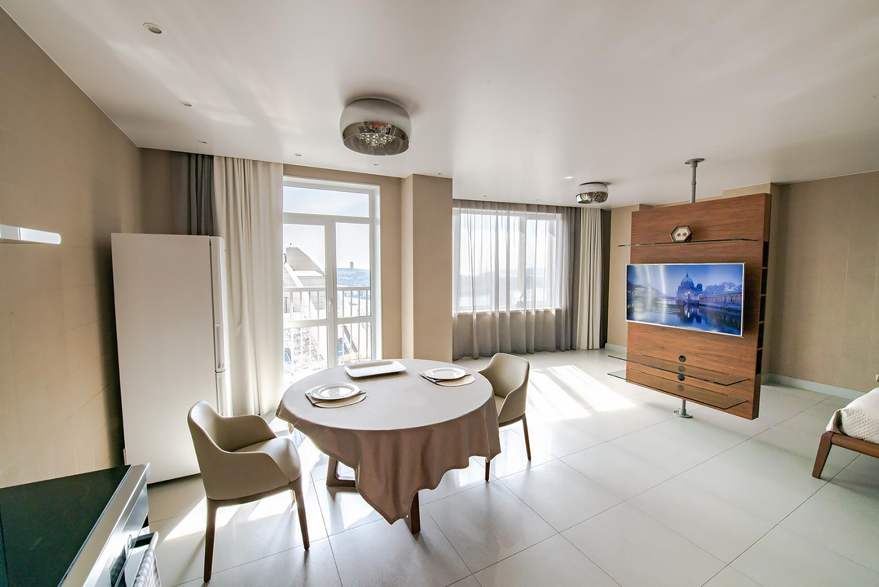 De Luxe Apt With Panoramic City View In Downtown