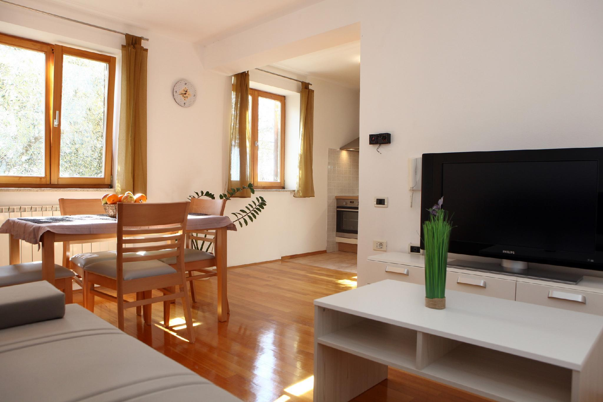 Peaceful Apartment Ankaran SP