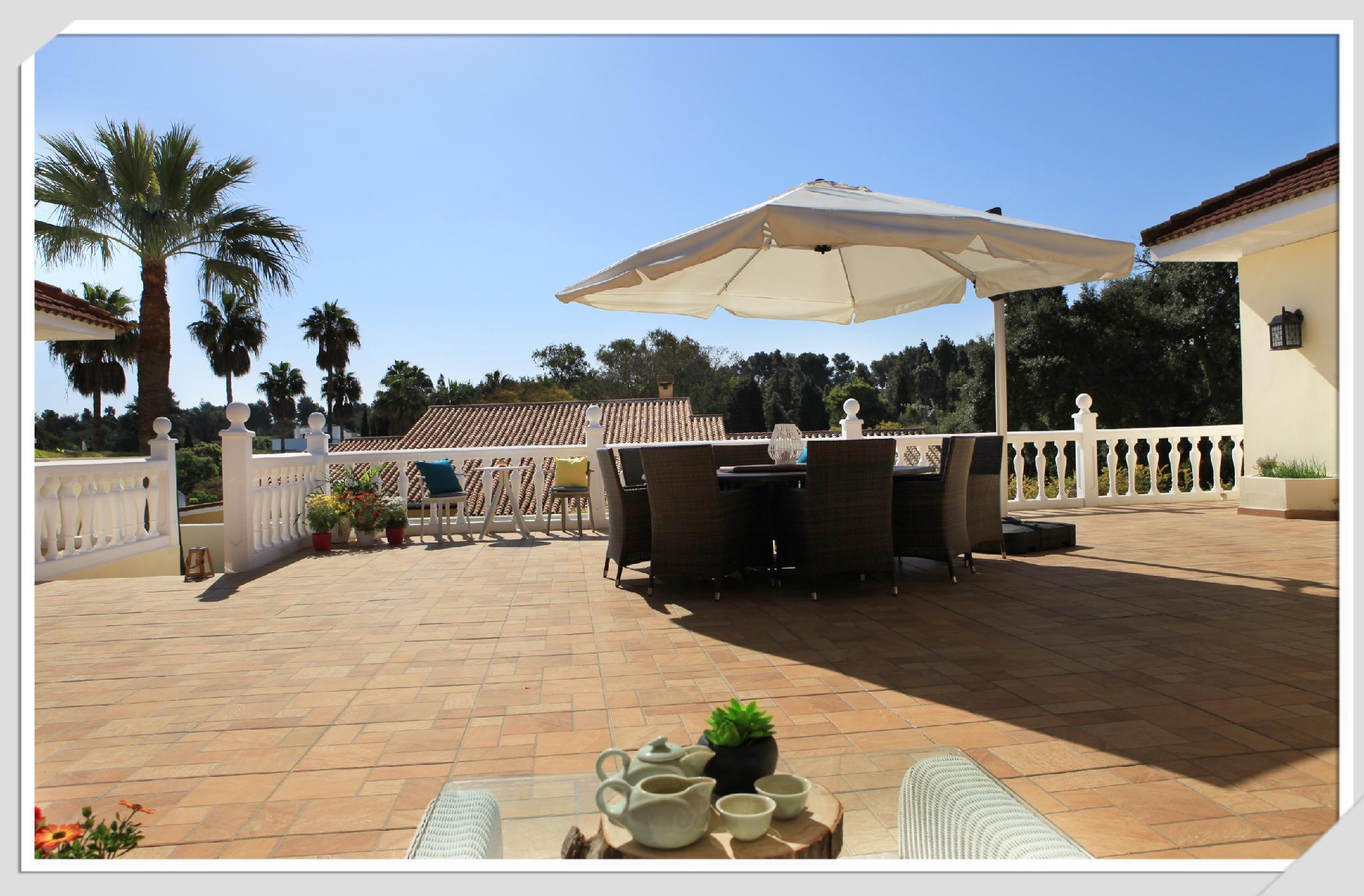Relaxing Holiday Villa In Sotogrande