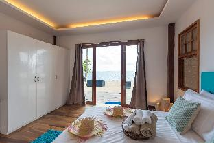 picture 5 of Salina Beach Villas Private room no. 5 -50% off!