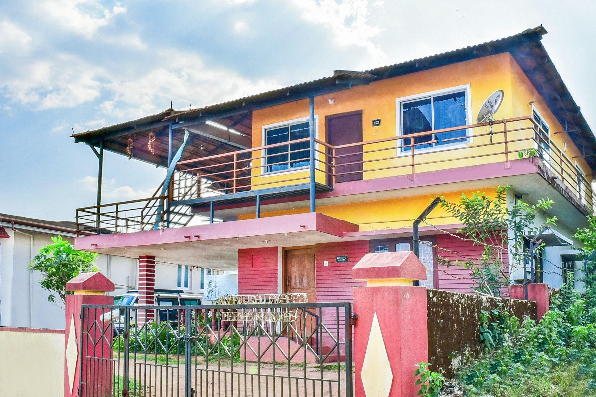 Beautiful 2 Bedroom Homestay For 9 47105