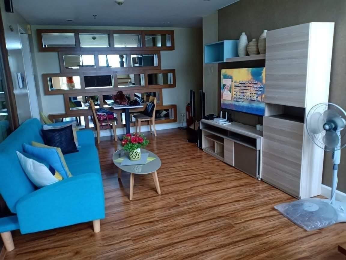 Cozy Loft Type Place