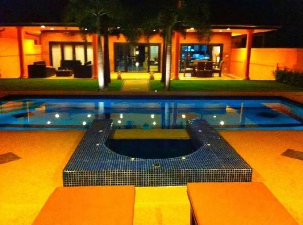 Siam Star Luxury Pool Villa Hua Hin
