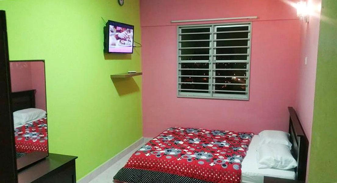 5 ROOMS AIR COND KLCC VIEW VILLA WITH POOL