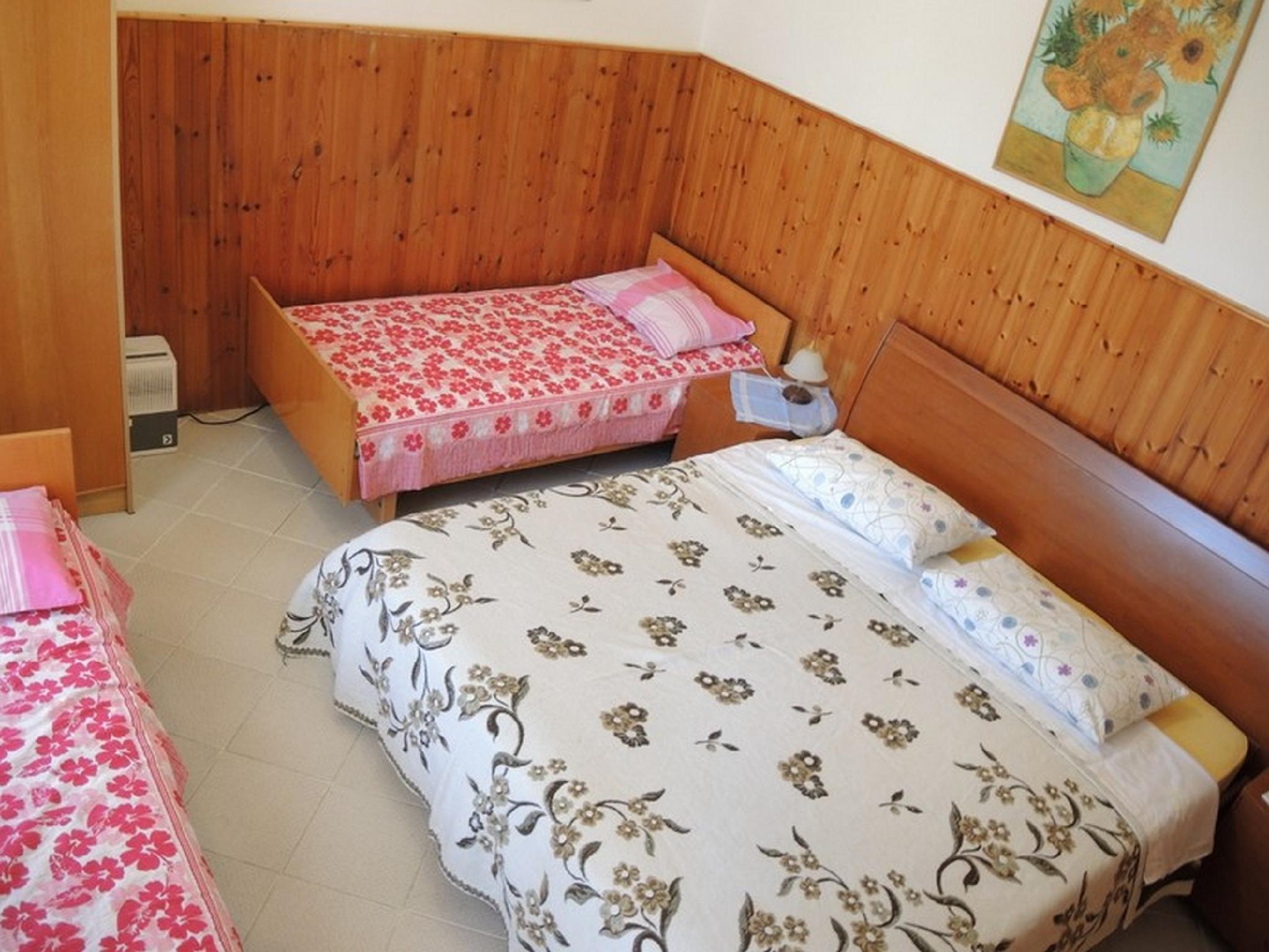 Senior Two - Bedroom Apartment MM6